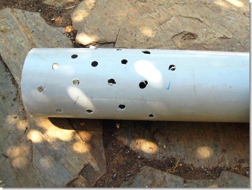 Solucan kulesi yapımı için kullanılan bir PVC boru